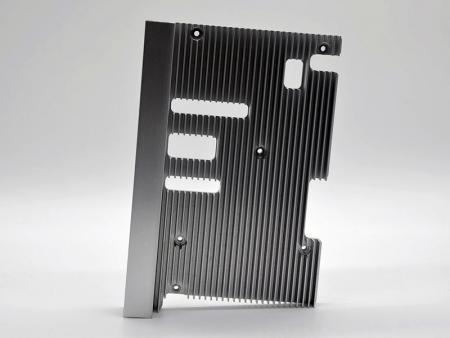CNC machining gray anodized heatsinks with abbrasive.