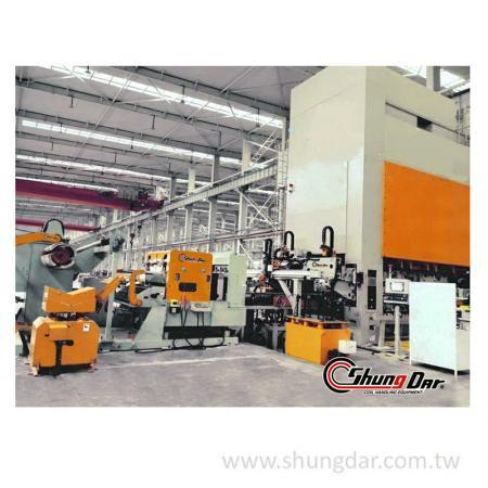 Автоматическая система передачи - работает на заводе
