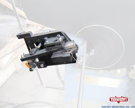Auto Rolling Cutter - Auto Rolling Cutter