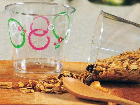 Tasse à dessert en mousse en plastique