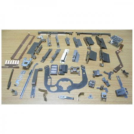 Metallstämpling gäller i fordonstillbehör
