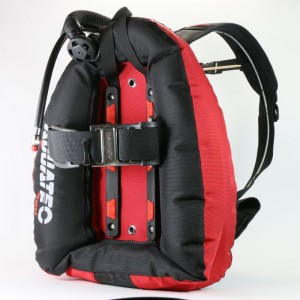Scuba Performance Backmount BK / RD.