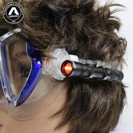 LED-1720 Scuba Push-Button Switch Mini light mask light
