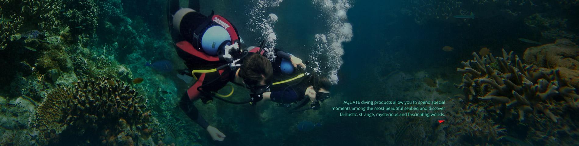 アクアテック 泳いだり探索したりできます 素晴らしく、神秘的で魅力的な水中世界