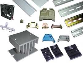 Príslušenstvo - Držiak na DIN lištu a koncová svorka a indikátor zlyhania napájania a adaptér na DIN lištu a chladič a ventilátor