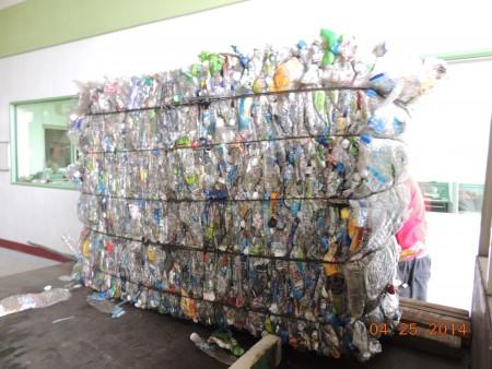 Máy ép kiện cho chai PET - Chai nhựa