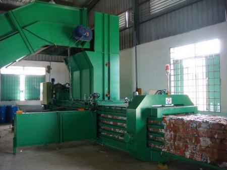 Máquina de enfardamento horizontal automática - Máquina de enfardamento horizontal automática (TB-091140)