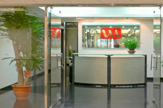 Normatum products et servicia customized capere necessitates tuas.