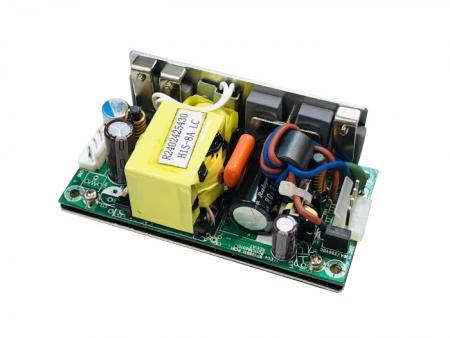 +48V 60W 寬輸入範圍隔離型 直流-直流開放式電源供應器 - 48V 60W寬I / P範圍隔離式DC / DC電源。