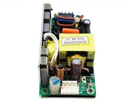 +12V 100W 高輸入電壓隔離型 直流-直流開放式電源供應器 - 36〜72Vdc高I / P 12V電源。