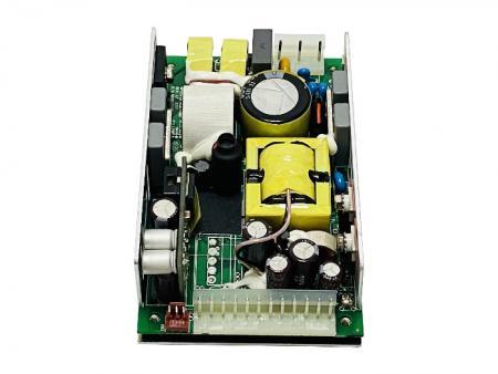 Fonte de alimentação de estrutura aberta + 48V e + 5V 200W AC / DC - + 48V e + 5V 200W AC / DC Fonte de alimentação de estrutura aberta.