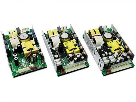 +24V Ajouter +12V & +5V 200W AC/DC Alimentation Cadre Ouvert - Alimentation à cadre ouvert +24V et +12V, +5V 200W AC/DC.