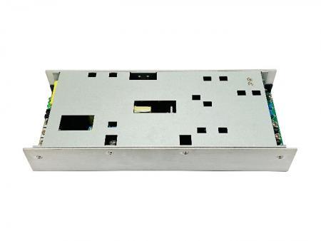 外壳型双组O / P 电源供应器(交流/ 直流) 900W Max - +12 ~ + 56V双组O / P 1U电源。