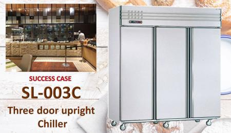 Refrigeratore verticale a tre porte - Refrigeratore verticale a tre porte