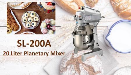 XX Liter planetarum Mixer - Sicut conspersa sit turpis ad planetarium miscentes ingredientia: ova, vanilla saccharo.