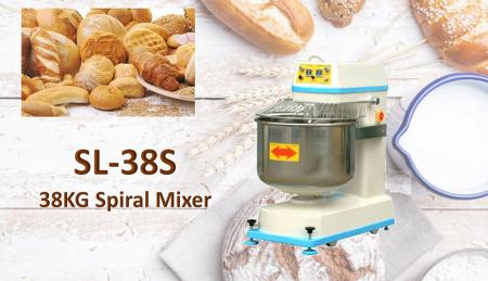 Paperback Mixer - Leniter farinam commisce, permittens ut develop in tale gluten decoquendo structuram propriis.