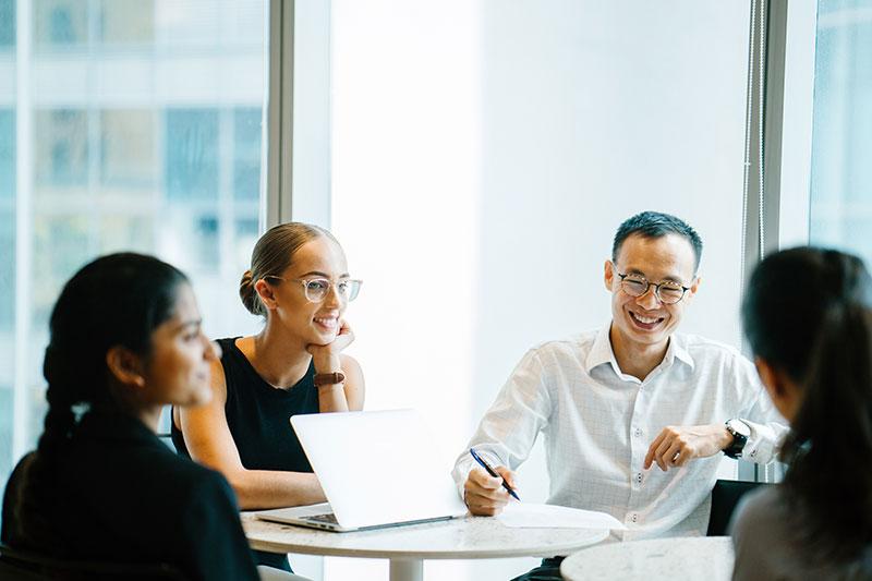 福盈科技化学,提供每位员工需要的职涯发展培训。