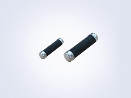 セラミックフィルム複合型着火音抑制抵抗器-ISC - Ignition Noise Suppression Resistor (Ceramic Film)