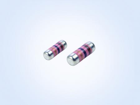 車両グレードのサージ耐性 MELF resistor 0.25W 1オーム1%