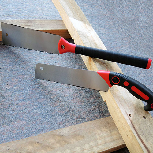 Japanese Saws for Straight and Fine Cuts