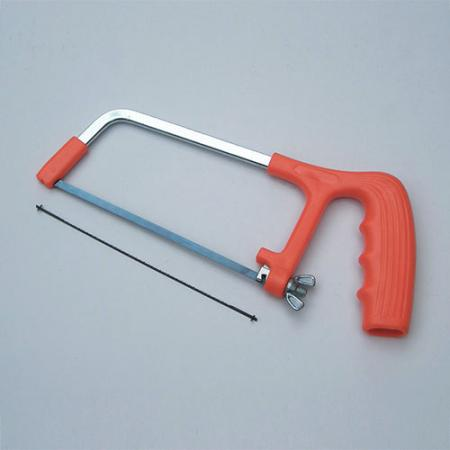 2-in-1 Junior Hacksaw Set - Junior Hacksaw frame with two blades for cutting metal and plastic.