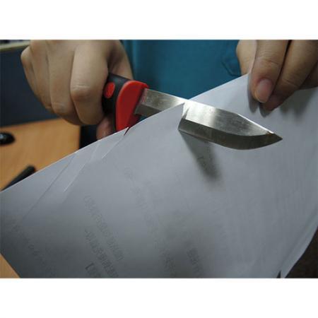 Cuchillo de demolición muy afilado para cortar papel.
