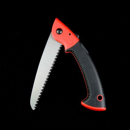 Folding pruning handsaw with 3 phase teeth
