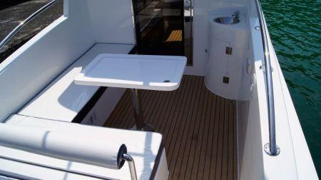 Yate con caseta de timón cerrada Sunshine-32 pies el área de pasajeros (1)