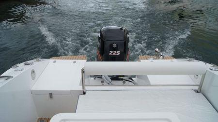 Sunshine-32-foot enclosed wheelhouse yacht the aft deck