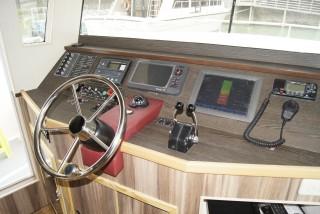 20GT FRP Diesel-electric catamaran passenger ship Cab(2)