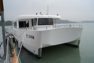 20GT FRP قارب ركاب كاتاماران يعمل بالديزل والكهرباء