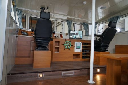 87GT Steel Oil and electric Ferry passenger ship Cab