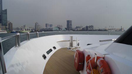 98GT FRP Passenger Boat Bow deck