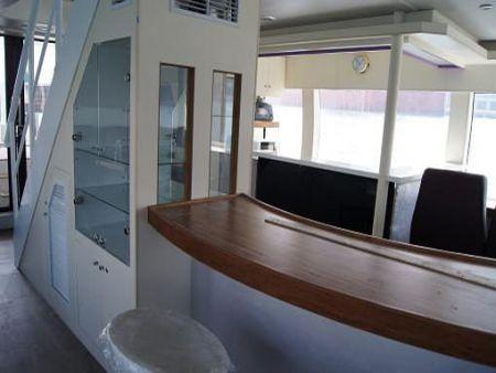 Bar do navio de passageiros da balsa 99GT