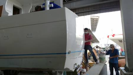 38ft FRP Sealion fishing boat Under Construction(2)