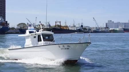 38ft FRP Sealion fishing boat In-port test run(1)