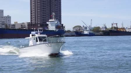 38ft FRP Sealion fishing boat In-port test run(4)