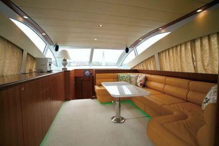 56 Fuß Sportbridge Yacht der Salon unter Deck (1)