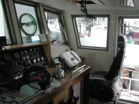 80GT FRP Multifunction Fishery Trial Boat Wheel House