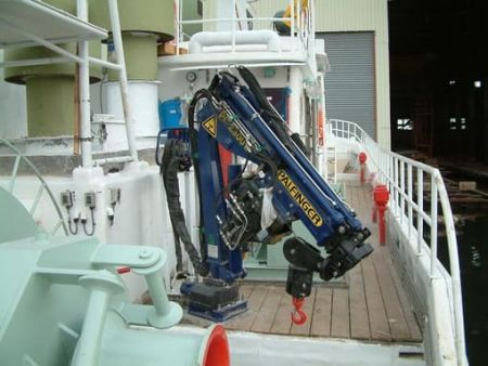 80GT FRP Multifunction Fishery Trial Boat Hydraulic crane