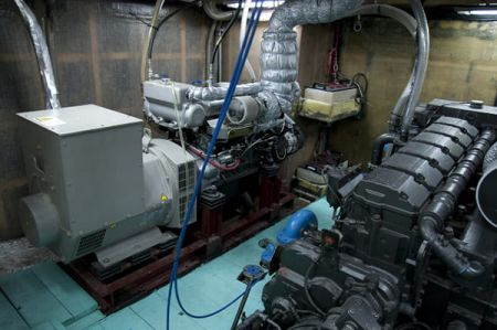 100 GT Tuna Long Liner Boat Generator set