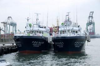 Thuyền lót cá ngừ dài 100GT