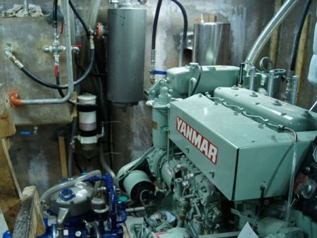 230GT Tuna Long Liner Boat Main engine