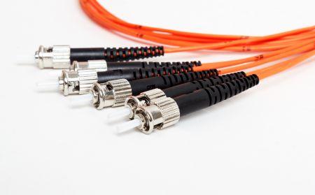 Cordon de raccordement à fibre simplex multimode OM2 ST - Cordon de raccordement fibre simplex