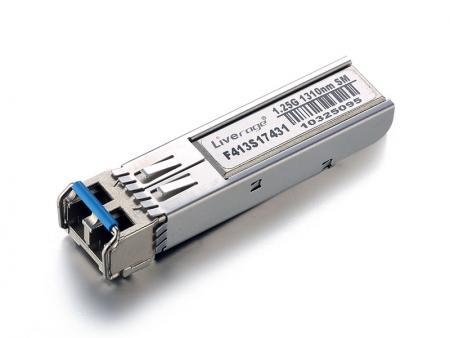 Transceptor SFP 1G - SFP con velocidad de hasta 1 Gbps y transmisión de hasta 120 km.