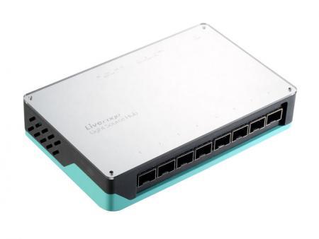 ポケットサイズの光学光源ハブ - 光源ハブは、ファイバー機器をテストするためのさまざまな波長を提供する便利なツールです。