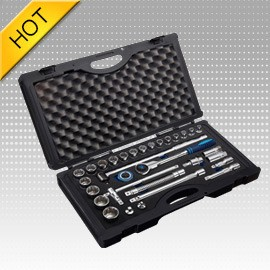 "31PC 1/2"" Dr. Socket Set With Ratchet Wrench"