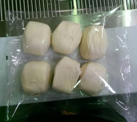 Bánh hấp Trung Quốc không có máy đóng gói khay