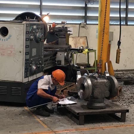 QC check casting rough machining dimensions