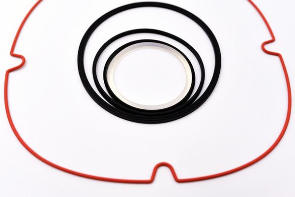 各種尺寸的矽膠密封圈。